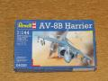 Revell 1_144 AV-8B Harrier makett
