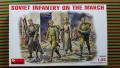 MiniArt 35002 Soviet Infantry on the March  500.- Ft