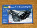 Revell 1_144 Lockheed F-19 Stealth Fighter 1.200.-