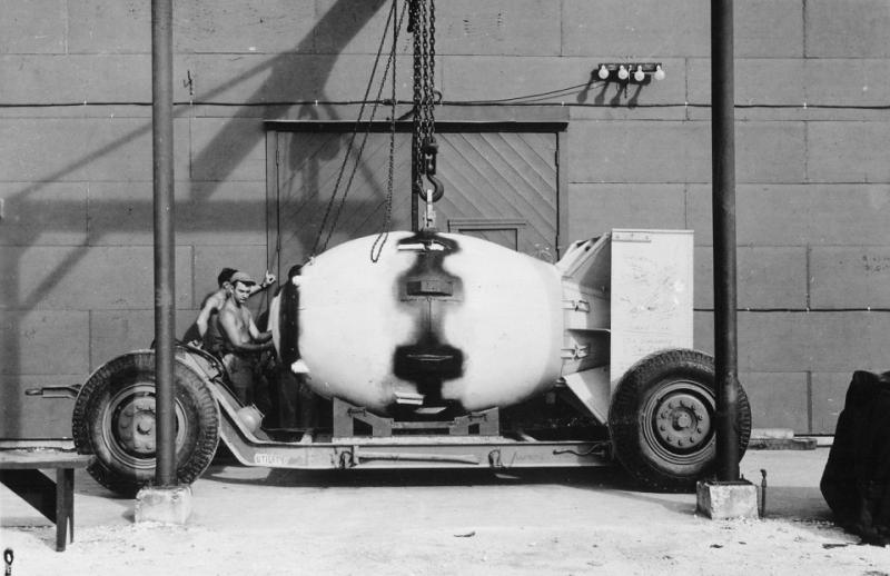 Only-days-after-the-bombing-of-Hiroshima-the-second-operational-nuclear-weapon-was-readied-by-the-U.S.-Called-Fat-Man-the-unit-is-seen-being-placed-on-a-trailer-cradle-in-August-of-1945.-When-the-Japanese-still-r