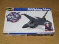 Revell 1_48 F-16 Fighting Falcon makett
